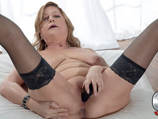 big ass Introducing Brenda Douglas, Our New 60plus Milf - Brenda Douglas - 60PlusMilfs big tits high heels