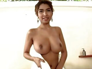 big tits Huge juggs and soap suds solo girls asian