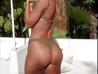 big ass Sommer Ray Hardest Fap Challenge Part 1 butts solo girls