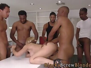 hd Milf takes black members in her ass